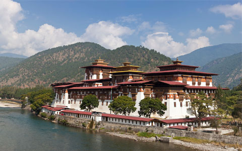 Best Time to Visit Tibet and Bhutan: expert tips to help you travel at the right time