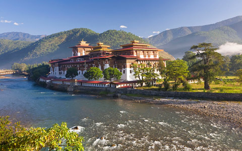 When Is the Best Time to Tour Nepal Bhutan and Tibet All Together?