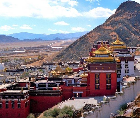 View of Tashilunpo Monastery and Shigatse City