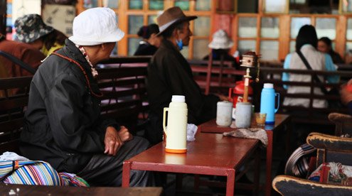 Join in the locals in a Teahouse