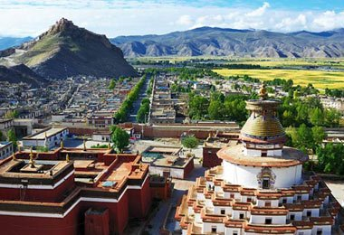 A great view of Palkhor Monastery