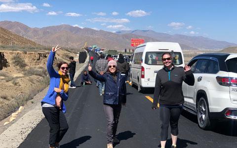 8 Days Private Kathmandu to Lhasa Overland Tour with EBC
