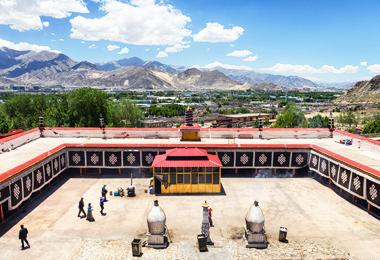 """Drepung Monastery was one of the """"three greet"""" Gelug monasteries of Tibet."""