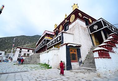 Drepung Monastery, one of the Great Three Gelug monasteries of Tibet
