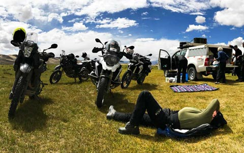 Himalayan Motorcycle Adventure: the best guide to riding your motorbike to Lhasa