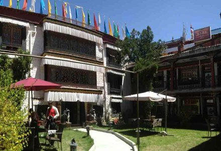 Facade of Gorkha Hotel