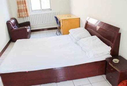 Room of Nagchu Post Hotel