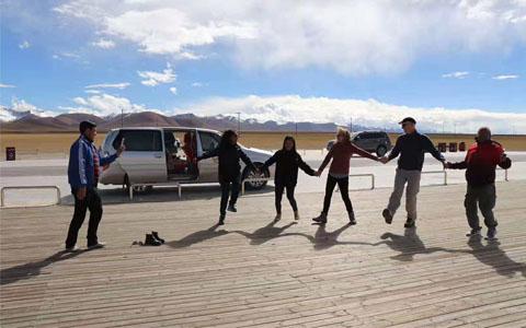 11 Days Panoramic Kathmandu Everest Lhasa Overland Tour
