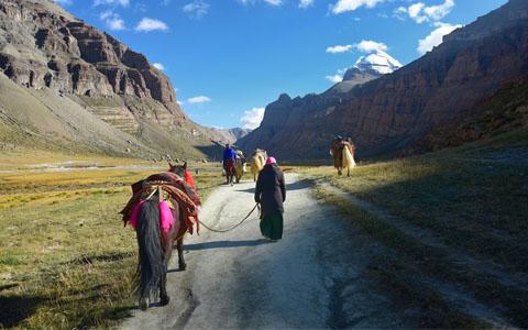 18 Days Kathmandu Lhasa Kailash Pilgrimage Tour by Flight
