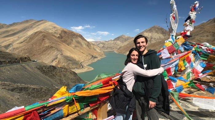 Stunning view of lake in Tibet