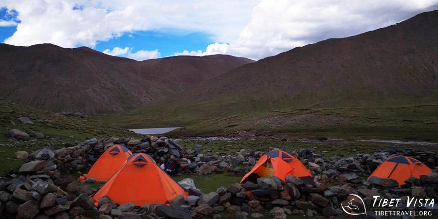 Camping during trek from Ganden to Samye