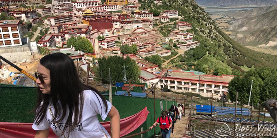 Walking kora around Ganden Monastery