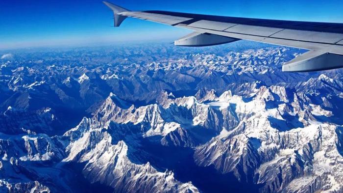 lhasa to kathmandu flight