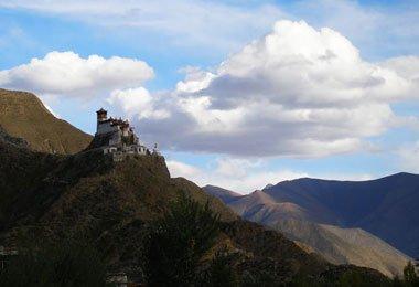 Lofty Yumbu Lhakhang